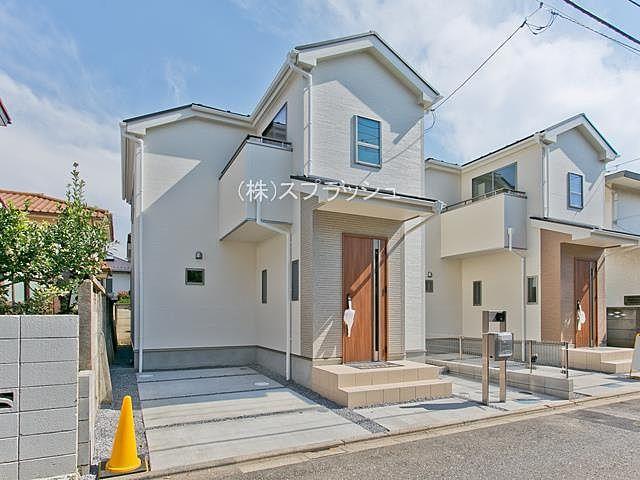 西東京市南町3丁目 全2棟の新築一戸建て 西武新宿線「田無」駅徒歩9分 ふれあいを大切にするリビングイン階段のある邸