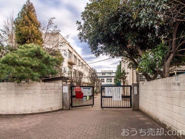 西東京市ひばりが丘二丁目に所在する中原小学校のご紹介です。