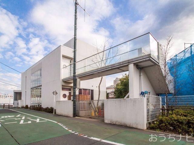 西東京市緑町二丁目に所在する、みどり保育園のご紹介です。