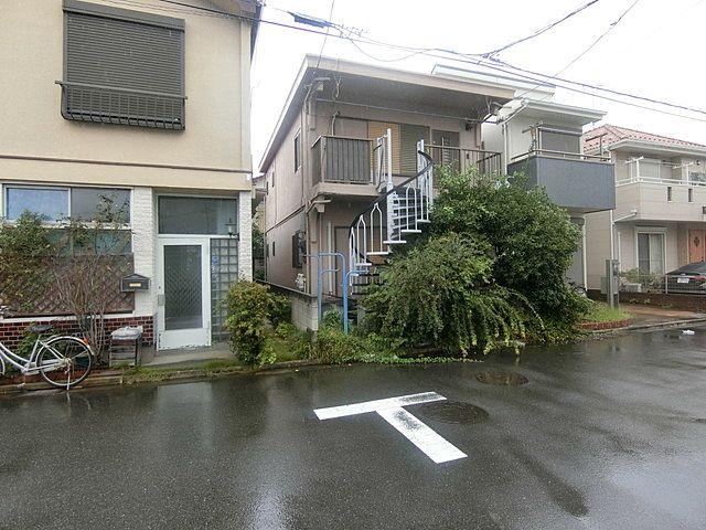 9月15日付、西東京市富士町4丁目の土地の様子