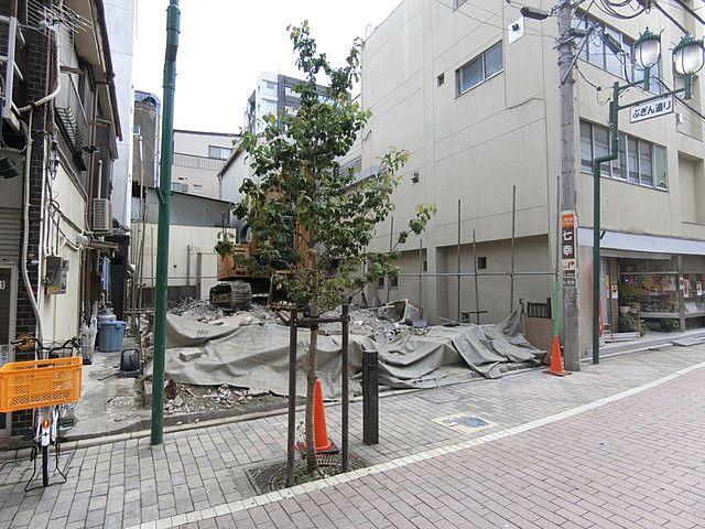 蕨市中央の解体工事現場
