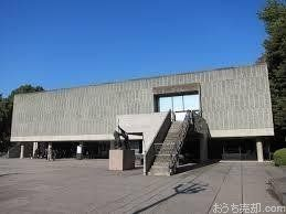 国立西洋美術館は、20世紀の建築作品として世界遺産に登録されたわが国初の事例。