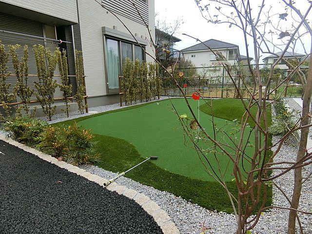 共有施設としてパターゴルフ場があります