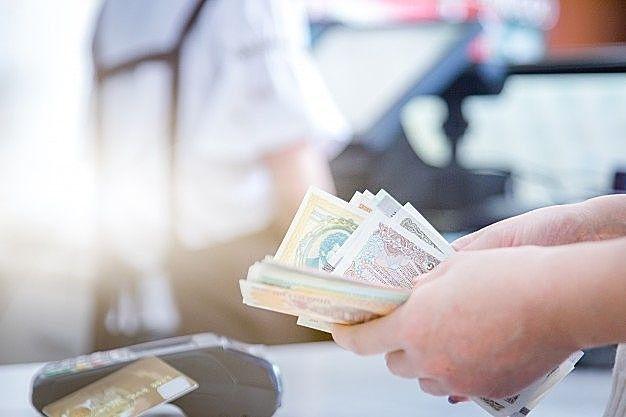 家賃保証会社は貸主へ家賃を立て替え払いします おうちナビ